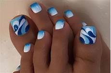 43 perfect fall toenail design ideas to complete your