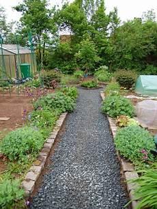 Gartenwege Mit Rindenmulch Bauanleitung Zum Selberbauen
