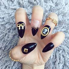 nailed it hand painted false nails kawaii victorian