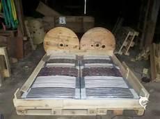 Doppelbett Aus Europaletten Selber Bauen Mit Bettkasten