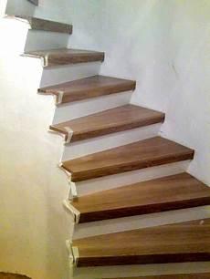 Treppen Renovieren Holztreppen Schleifen Stufen