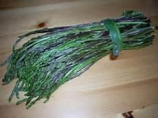 come pulire e cucinare gli asparagi selvatici sformato di asparagi selvatici profumi e sapori della