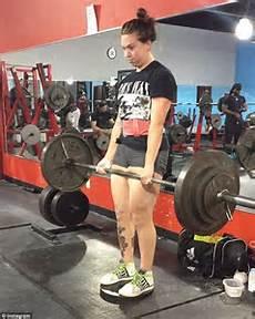 Chicago Powerlifter Marcinkowski Reveals How She