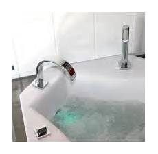 comment installer une baignoire balnéo r 233 nover sa salle de bain ou baignoire quelles