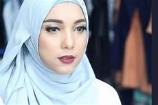 Tren Fesyen Ala Jenahara Nasution Pinkkorset