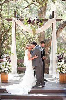 25 chic and easy rustic wedding arch ideas for diy brides elegantweddinginvites com blog