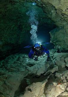 cave diving in the nullarbor is like floating in space vice united kingdom