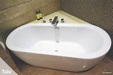 kratzer in der badewanne acryl badewanne hat kratzer so reparieren sie diese