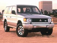 blue book used cars values 1992 mitsubishi truck parking system 1992 mitsubishi montero pricing ratings reviews kelley blue book