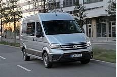 utilitaire electrique prix volkswagen lance la commercialisation de l utilitaire 233 lectrique e crafter
