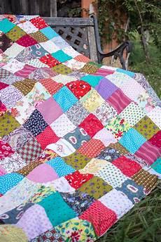 patchworkdecke aus stoffresten patchworkdecke