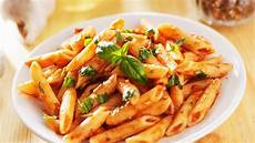 Küchen In Essen - italienisches kalbsragout auf nudeln rosins restaurants