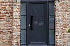 renforcer porte d entrée porte d entr 233 e comment un serrurier peut il vous aider 224