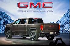 2019 gmc 6 cylinder diesel 2019 gmc debuts with a bold new look the torque