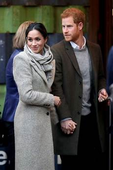 prinz harry und meghan prince harry meghan markle step out together for 2nd