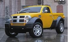 2002 dodge m80 concept front 194384 photo 12 trucktrend com