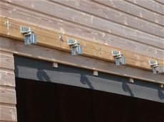 rail porte garage suspendue rail pour porte de garage coulissante equipement de