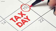 tax day 2019 tax day 2019 freebies irs got you stressed relax with these deals abc7chicago com