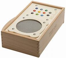 mp3 player fuer kinder mp3 player for children h 246 rbert made of wood and