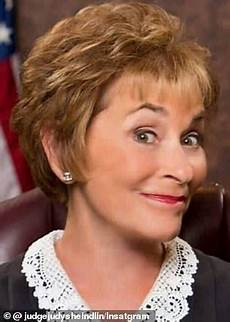 fans react to judge judy unveiling a new hairstyle after