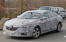 renault laguna 4 scoop this is renault s all new laguna sedan and it s coming this year carscoops
