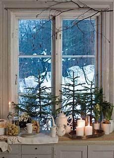 Decorations For Windows by 30 Insanely Beautiful Last Minute Windows