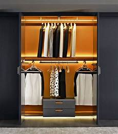 kleiderschrank system begehbarer kleiderschrank system mit modernem design
