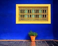 peinture bleu majorelle de la couleur