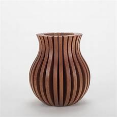 vase en bois design vase en bois original et design fabrication fran 231 aise