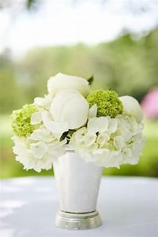 weiße blumen hochzeit white and green peony and hydrangea arrangement in a julep