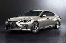 2019 lexus es revealed hybrid es 300h confirmed for australia performancedrive