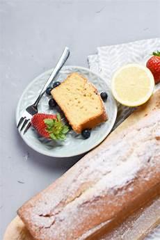 Zitronenkuchen Mit Zitronensaft - saftiger zitronenkuchen mit frischer zitrone