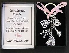 Gifts On Wedding Day