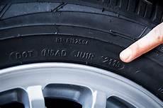 Die Dot Kennung Zeigt Das Alter Der Reifen Unsere Wurden