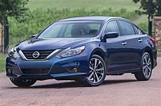 2016 nissan altima sr 2016 nissan altima look review motor trend