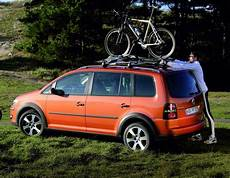 Volkswagen Touran 4motion Reviews Prices Ratings With