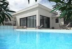 entourage maison pas cher maison moderne avec piscine a vendre