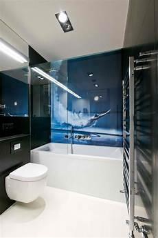 Badezimmer Wand Statt Fliesen - wandpaneele mit fotomotiv taucher und schwarze fliesen