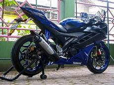 Yamaha R6 Modifikasi by Yamaha R15 Modifikasi Warna Striping Dan Tangki
