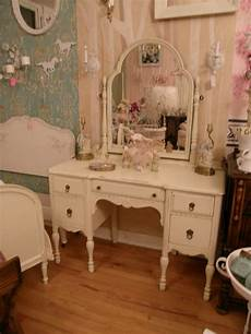 Vintage Style Shabby Chic Dressing Tables