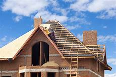 cout d une toiture new home construction roofing contractors roof estimates