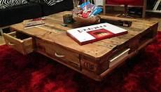 Europaletten Bett Bauen - pallet table coffee table from pallets diy