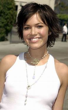 20 shag hairstyles for women popular shaggy haircuts for 2018