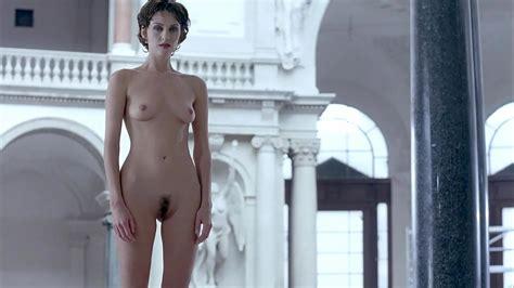 Aaron Jakubenko Naked