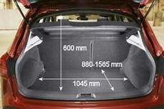 Nissan Qashqai Kofferraumvolumen - adac auto test nissan qashqai 1 6 acenta 2wd
