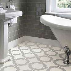 Bathroom Linoleum Tiles by The 25 Best Linoleum Flooring Ideas On Wood