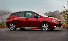 nissan leaf 2019 60 kwh more powerful 2019 nissan leaf will 200 mile range