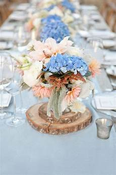 tischdeko mit hortensien blaue hortensien sind immer der eyecatcher in jedem strau 223