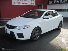 kia forte white 2010 clear white kia forte koup ex 27544602 photo 4