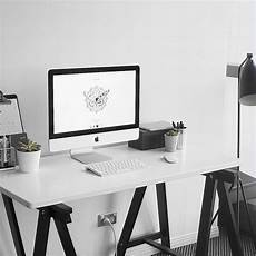 Simple Work Desk by Inspiring Simple Work Desk Decorations And Setup 2